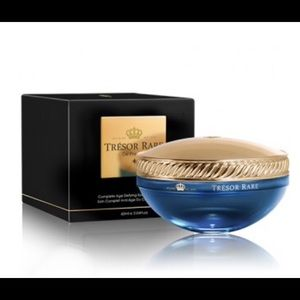 Tresor Rare Blue Sapphire Eye Zone Treatment- NIB